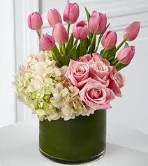 The Ftd Delightful Dream Bouquet But Tulips Should Not Be This Tall Wan Fatimah Endut Gubahan Bunga