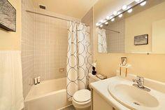 Фото из статьи: Как и чем красить стены в ванной: 5 важных рекомендаций
