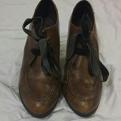 """BORN Birdie High-Heel Leather Oxford Chunky 3 1/8"""" heel, leather footbed, rubber sole with a round toe and laces. These have a distressed look.  The right heel at the very bottom has a small knick although you can't see it I want to mention it. They are a 6.5 with tons of life left. Please let me know if you would like additional pics. Born Shoes Ankle Boots & Booties"""