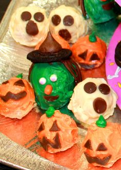 Halloween cake pop | witch cake pop | ghost cake pop | pumpkin cake pop | Halloween treats for kids | treats for classroom | Halloween party food