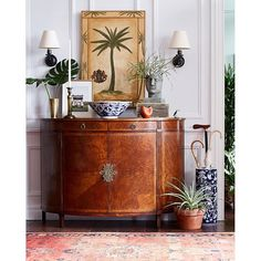 Love this mix of antique accents and tropical pieces for a bit of british colonial look, one of my favourite decor styles. Tropical Home Decor, Tropical Style, Tropical Furniture, Tropical Interior, West Indies Decor, West Indies Style, British Colonial Decor, Home And Deco, My New Room