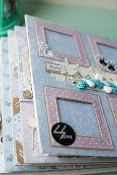 Like the little frames to put photos in. Mini Album Scrapbook, Baby Scrapbook Pages, Photo Album Scrapbooking, Scrapbooking Layouts, Scrapbook Cards, Mini Albums, Bookbinding, Mini Books, Origami