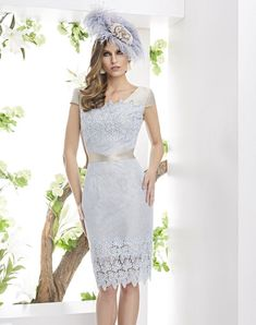 Sukienki Madrina Esthefan i Fiesta 2019 - Entrenovias Kentucky Derby Hats, Race Day, Mother Of The Bride, Special Events, White Dress, Bodycon Dress, Dresses For Work, Gowns, Couture