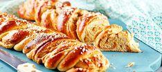 Texaspitkot | Makeat leivonnaiset | Reseptit – K-Ruoka Apple Desserts, Sweet Recipes, French Toast, Muffin, Pudding, Bread, Cookies, Baking, Breakfast