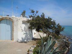 Amazing Traditional Home on Beach - Chersónisos Crete Beaches, Microwave Grill, Porch Veranda, Crete Island, Kitchen Refrigerator, Bbq Party, Back Gardens, Greek Islands, Traditional House