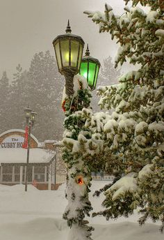 Mountain snow, Big Bear, San Bernardino mountains, Southern California