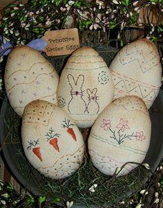 Patrón de huevo de Pascua primavera por PrimitivelyPrecious en Etsy