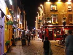 Temple Bar - The Pulse of Dublin City 7 nights a week...... Fantastic irish atmosphere....