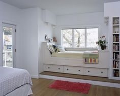 Contemporary Home Built In Bed Design Alcove Bed, Bed Nook, Built In Daybed, Wardrobe Bed, Diy Tisch, Daybed Design, Pretty Room, Building For Kids, Loft Spaces