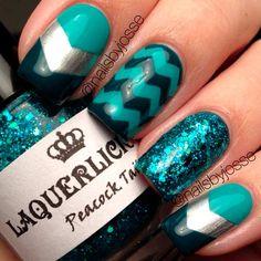 teal-color-nails-square-dark-chevron-glitter Great Glitter Nail Art Designs 2018 Nail Art Glitter Nail