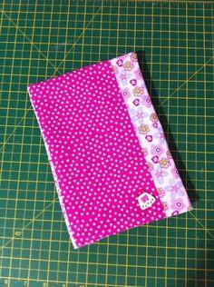 Capa para Caderno em Patchwork!  Feito com tecido 100% algodão!  Caderno não incluso!  Frete não incluso no valor do produto!