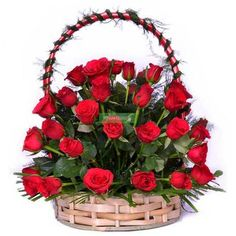 Amazing Red Basket - YuvaFlowers It is a big and lovely basket flower arrangement of 24 fresh Red Ro Basket Flower Arrangements, Rose Arrangements, Beautiful Flower Arrangements, Send Roses, Buy Roses, Red Flower Bouquet, Red Flowers, Ribbon In The Sky, Red Basket