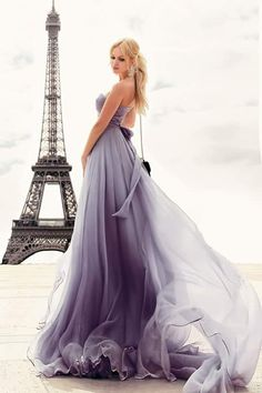 Swooning over this delicate ombre wedding dress from Tag who you think would like this -------------------- by wedding. Color Lila, Paris Mode, Shades Of Purple, Purple Wedding, Beautiful Gowns, Dream Dress, Couture Fashion, Pretty Dresses, Dress To Impress