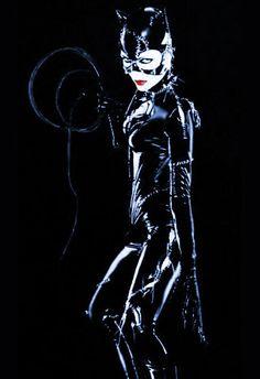 Michelle Pfeifer,the best Catwoman!<3