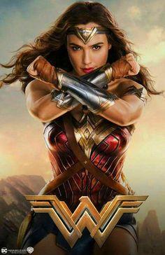Resultado de imagen para wonder woman movie poster