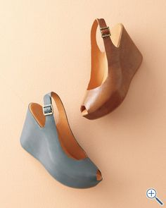 Kork ease Sarah wedge sandals. I thought brown but actually the grey is very interesting.