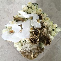 Another version of the beautiful 'Vienna' goes out today, cream and gold roses, white hydrangea speckled with gold, gold tuberoses and strands of white scented jasmine with lush blooms of phalaenopsis orchids in our signature Maison Des Roses black box. #Vienna #maisondesroses #bloombox #jasmine #tuberoses #gold #cream #roses #hydrangeas #white #phalaenopsis #orchids #blooms #luxe #glamorous #beautiful #perfumed #pretty