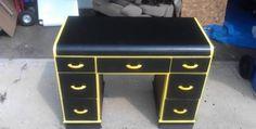 Great idea to refinish an old desk...craiglist here I come