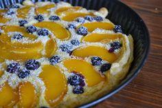 Du bist mir ein Früchtchen! - Pfirsich-Blaubeer-Quark-Tarte