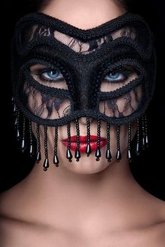 Enticing masquerade