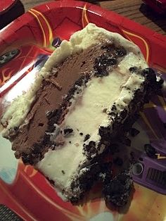 Copycat Dairy Queen Ice Cream Cake (note: use Magic Shell syrup to mix with cookie crumbs, and make sure you put a chocolate fudge layer - it's the best part!!)