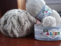 YouTube Cable Knitting, Crochet, Bean Bag Chair, Hand Weaving, Diy And Crafts, Wool, Hats, Classic, Handmade