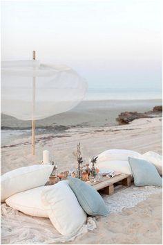 Emérita Desastre: Un picnic en la playa