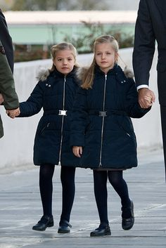 Princess Leonor and her sister Princess Sofia of Spain visit King Juan Carlos in hospital - hellomagazine.com