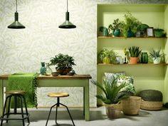Ekspertenes beste tips: slik velger du tapet - viivilla. Wall Design, Green Theme, Plant Wall, Decor, 1930s House Interior Kitchens, Interior, 1930s House Interior, Mural Wallpaper, Home Decor