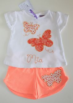 conjunto para bebe mariposas #hechoamano Baby Outfits Newborn, Toddler Outfits, Kids Outfits, Baby Girl Fashion, Toddler Fashion, Kids Fashion, Kids Dress Wear, Kids Wear, Little Girl Outfits