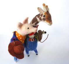 Needle felted Animal Cowboys by MissBumbles Needle Felted Animals, Felt Animals, Wet Felting, Needle Felting, Felted Wool, Wool Felt, Felt Giraffe, Love Craft, Felt Diy