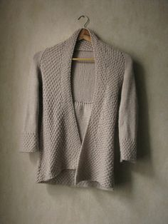 What a gorgeous cardigan! Why not make it in some DROPS Lima or Merino Extra Fine? If you have any stash left it could also be great in some Drops loves #3