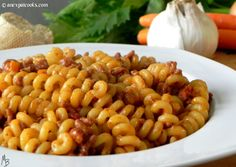An Expat Cooks : Butcher's Ragu with Fusilli--There is just something about this pasta; hearty, meaty, rustic, a little sweet. Fusilli, Pasta, Rustic, Dinner, Cooking, Ethnic Recipes, Sweet, Food, Country Primitive