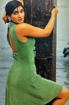 Raveena tandon hot pictures Bollywood Actress Hot, Beautiful Bollywood Actress, Most Beautiful Indian Actress, Bollywood Celebrities, Beautiful Actresses, Indian Bollywood, Bollywood Stars, Raveena Tandon Hot, Madhuri Dixit Hot