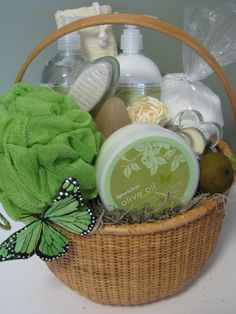 Great Spa Basket Gift for my daughter or for one of my friends.