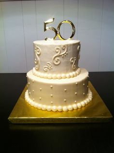 krista bailey: 50th Anniversary Cake
