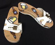 0f0cb05e19ec Vintage RARE Dr. Scholls Beer   Peanuts Painted Wooden Exercise Sandals  Size 8 Dr Scholl