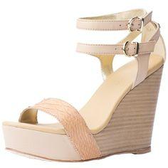 Tolle Sandaletten mit Keilabsatz 159,90 € <3 Hier kaufen: http://www.stylefru.it/s68520 #Schuhe #Fruehling #Sommer #Mode