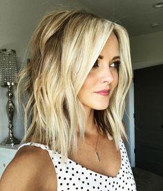 Fresh hair 💁🏼! Bout' time! Thanks to my lovely apprentice @drewbeb 😍😍 . . . . . #maskcara #maskcaraartist #maskcaracosmetics #maskcarabeauty #maskcaraiiidfoundation #makeuphacks #makeupjunkie #harmonized #grassrootssalon #utahsalons #momlife #beauty #makeup #tutorials #beachwave #highlightandcontour #simplify #avedacolor #hairtutorials #makeuptutorial #lobhaircut #blondehair #balayageblonde
