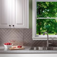 Fasade Quilted Brushed Nickel 18-square Foot Backsplash Kit (Quilted Brushed Nickel 6 in. x 6 in. Sample), Silver