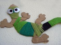 Chameleons and snakes of wool Accessories DIY Art For Kids, Crafts For Kids, Arts And Crafts, Craft Activities, Toddler Activities, Vbs Crafts, Paper Crafts, Lizard Craft, Mixed Up Chameleon