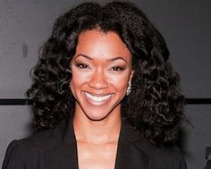 Once Upon a Time is adding Sonequa Martin-Green to its ranks for Season 2 -- if not beyond. TVLine has learned that the actress, whose TV credits include The Walking Dead and The Good Wife, will appear this season in multiple episodes as Tamara. Natural Hair Care, Natural Hair Styles, Sasha Williams, Sonequa Martin Green, Afro Textured Hair, Fancy Hairstyles, Twist Outs, Once Upon A Time, The Walking Dead