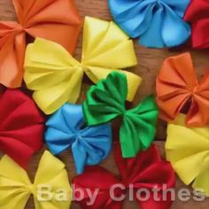 Diy Hair Bows, Diy Bow, Diy Ribbon, Making Hair Bows, Handmade Flowers, Diy Flowers, Fabric Flowers, Diy Crafts Hacks, Diy Arts And Crafts