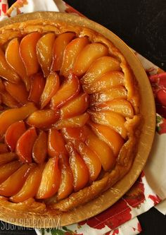 Tarte Tatin is packed with juicy caramelized pears, and served with both crème anglaise and vanilla ice cream, and topped with salted caramel sauce. Tarte Tartin, Pear Tarte Tatin, Pear Recipes, Sweet Recipes, Baking Recipes, Jelly Recipes, Sweet Pie, Sweet Tarts, Delicious Desserts