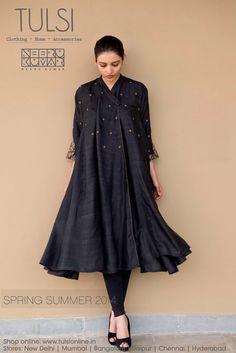 Order contact my whatsapp number 7874133176 Pakistani Dress Design, Pakistani Dresses, Indian Dresses, Indian Outfits, Pakistani Suits, Kurta Designs Women, Blouse Designs, India Fashion, Asian Fashion