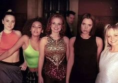 Geri Halliwell shared an incredible throwback photo to celebrate 20 years since the Spice Girls filmed their first music video on Tuesday Geri Halliwell, Girl Group Halloween Costumes, Girl Costumes, Halloween 2020, Dance Costumes, Spice Girls Outfits, Girl Outfits, Baby Spice Costume, Ginger Spice Girl