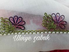 This post was discovered by Zehra Danış. Discover (and save!) your own Posts on Unirazi. Embroidery Stitches, Hand Embroidery, Crochet Unique, Needle Lace, Lace Making, Pakistani Outfits, Lace Design, Quilling, Tatting