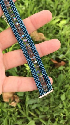 Beaded Bracelets Tutorial, Diy Bracelets Easy, Bead Loom Bracelets, Beaded Bracelet Patterns, Bracelet Crafts, Bracelet Designs, Handmade Bracelets, Beading Patterns, Seed Bead Jewelry