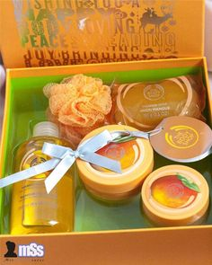 The Body Shop Mango Festive Picks Collection Gift Set Box 5x items