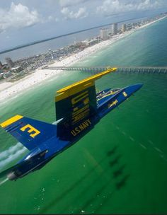Blue Angels Pensacola Air Show - July Good side trip. Not far away and so worth it. Have a great museum there if they don't have air show. Pensacola Beach Hotels, Pensacola Florida, Florida Beaches, Military Jets, Military Aircraft, Navy Aircraft, Us Navy Blue Angels, Blue Angels Air Show, United States Navy